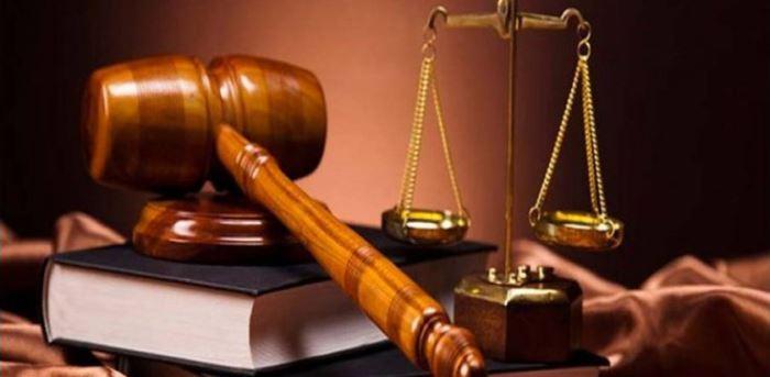 Denuncias de un abogado a usuarios de Euskaltel en Bizkaia por descargas de películas
