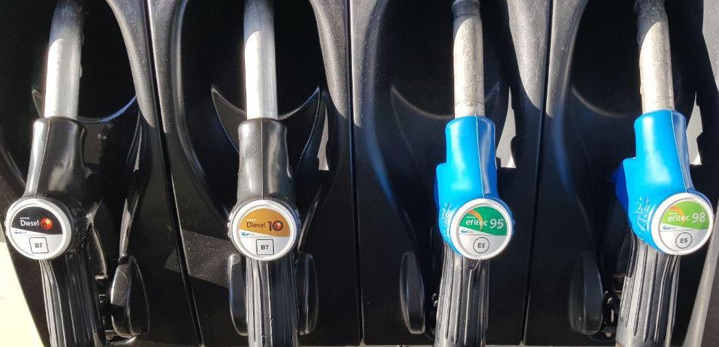 Nuevos etiquetados de combustibles E5 y B7, gasolina 95, 98, diesel