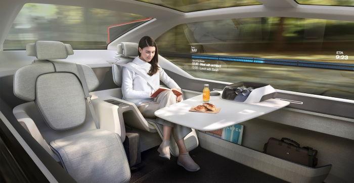 El futuro del coche autónomo según Volvo: Habitación con cama y ruedas