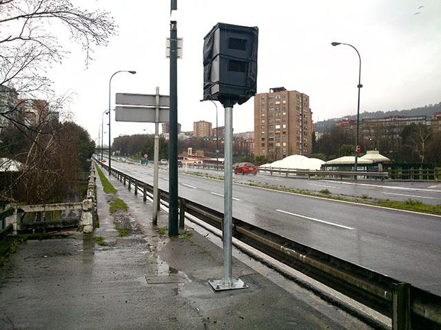 Nueva cabina Multaradar en Avenida Zumalakarregi en Bilbao